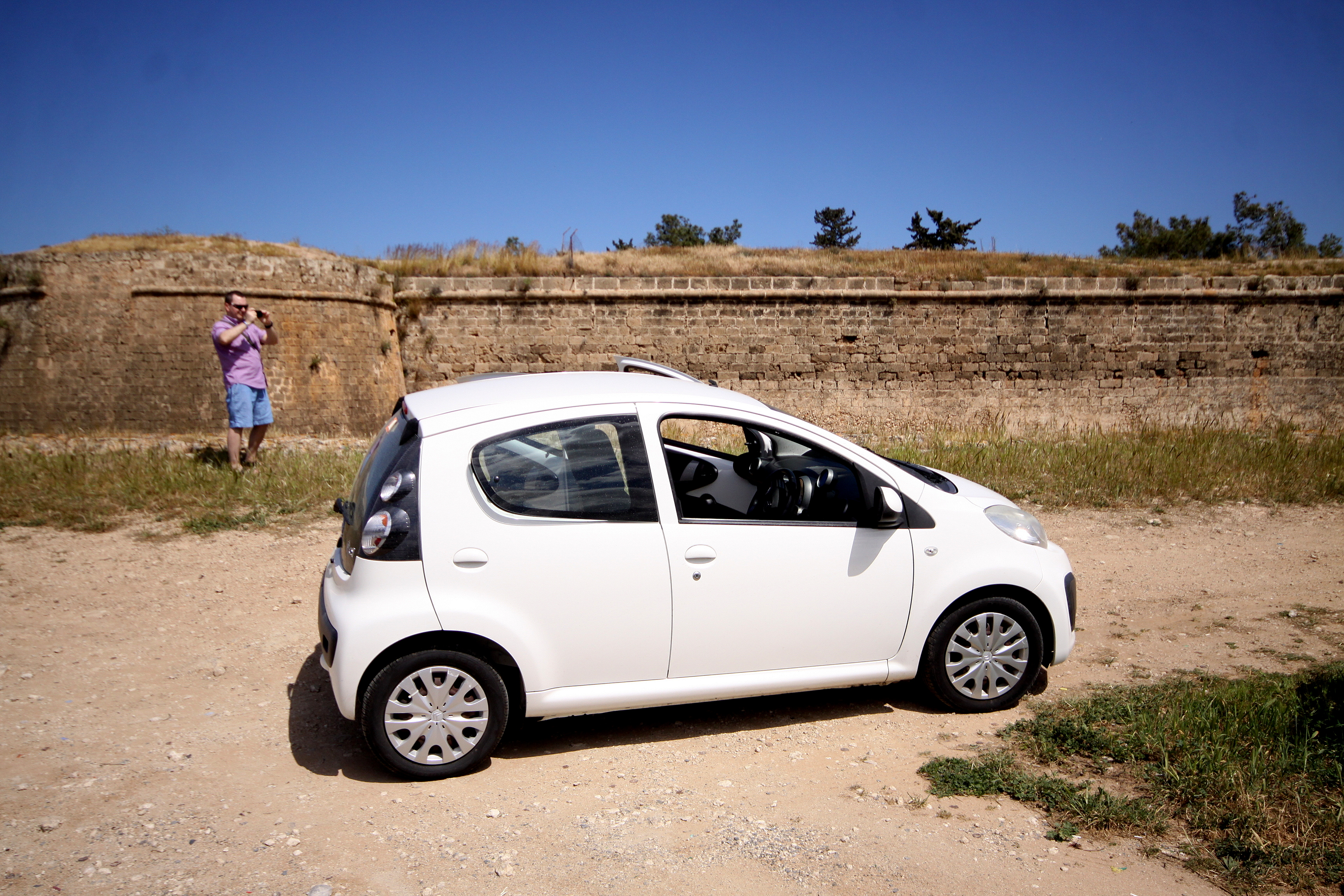 Cypr wynajem samochodu