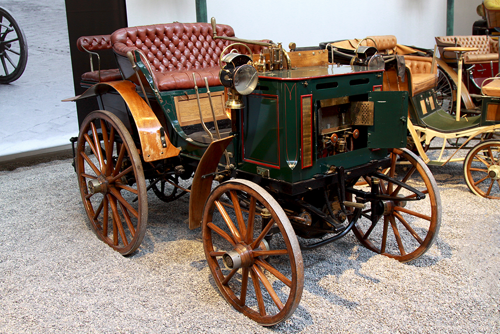 muzeum samochodow