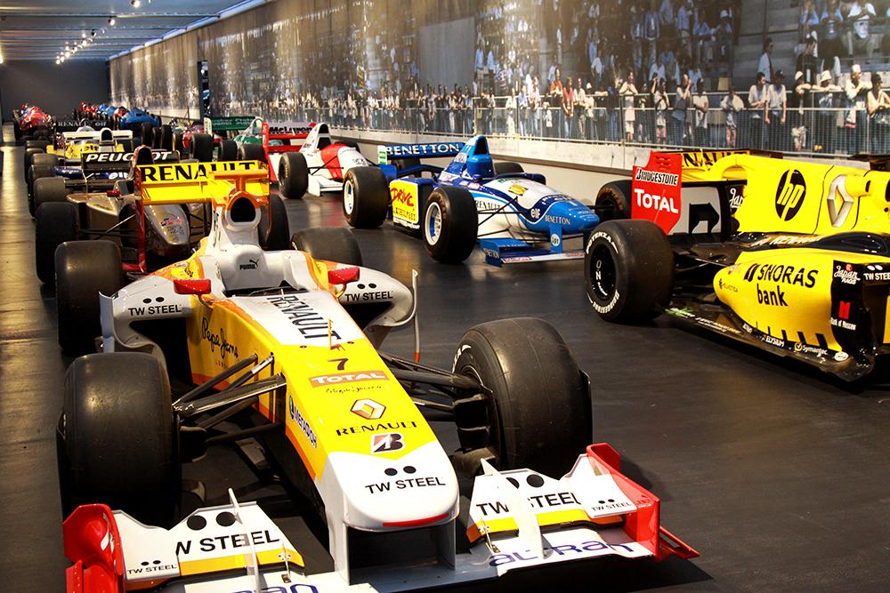 samochody wyścigowe F1