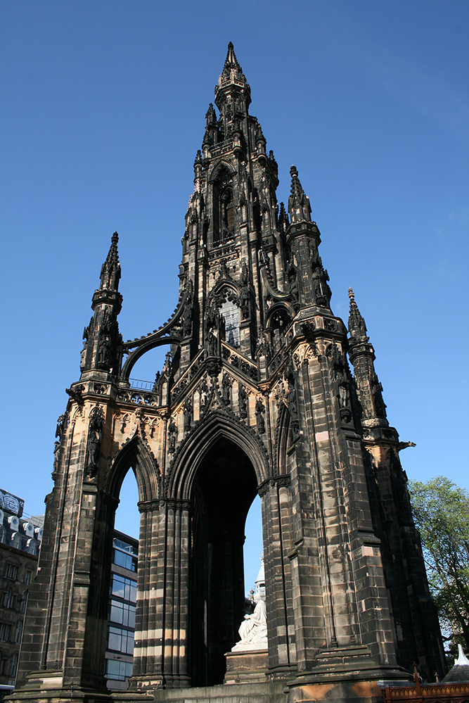 scott monument princes street edinburgh