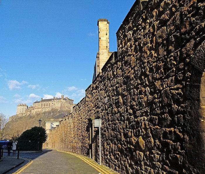 mury miejskie w Edynburgu