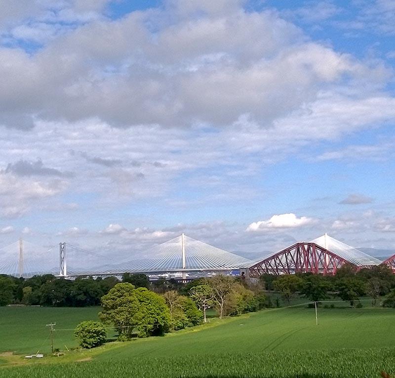 widok na trzy mosty Szkocja